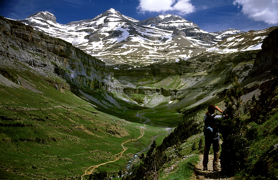 Pirineo aragones casa biescas entorno rural valle de ordesa y monte perdido - Apartamentos en ordesa y monte perdido ...