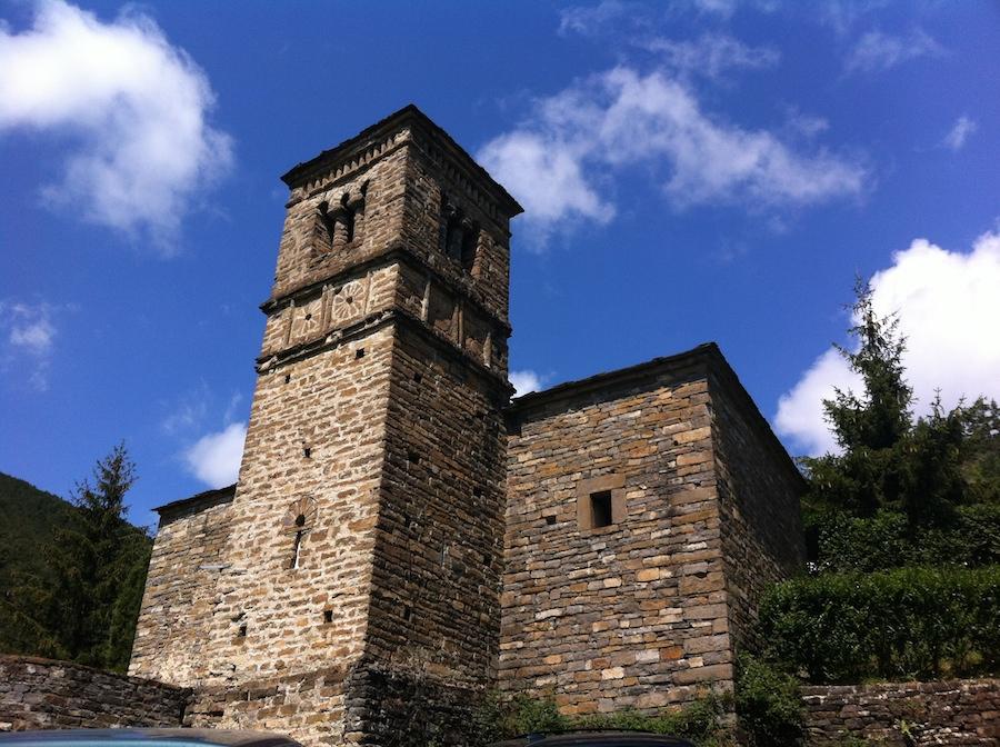 san Bartolome, iglesia de piedra, senderismo, valle de tena,