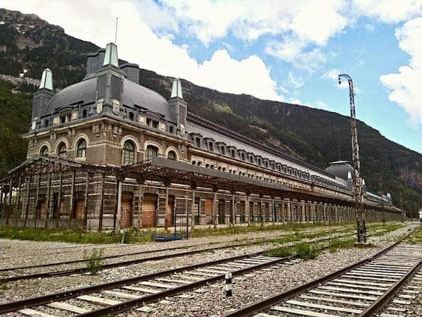 Luz verde para la revitalización de la estación de Canfranc