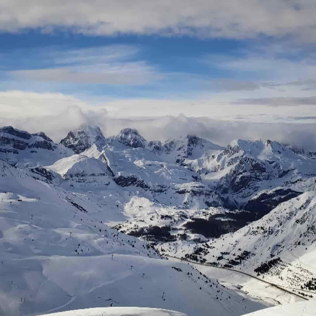 Consejos de seguridad para esquiar en las pistas de los pirineos gavin